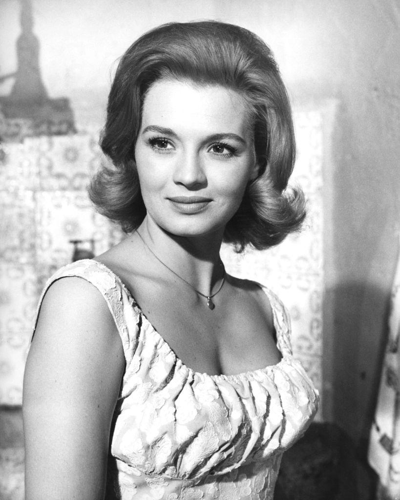 Angie Dickinson as the title character of the film 'Jessica', 1962.