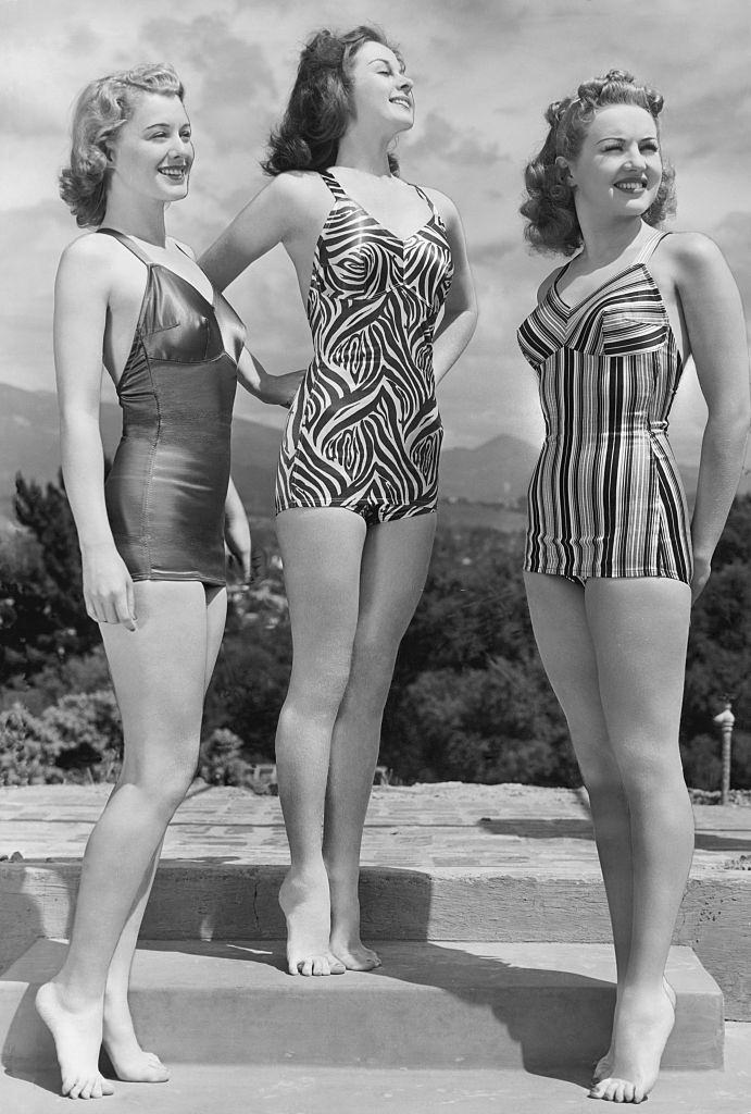 Betty Grable with Susan Hayward and Ellen Drew, 1939.