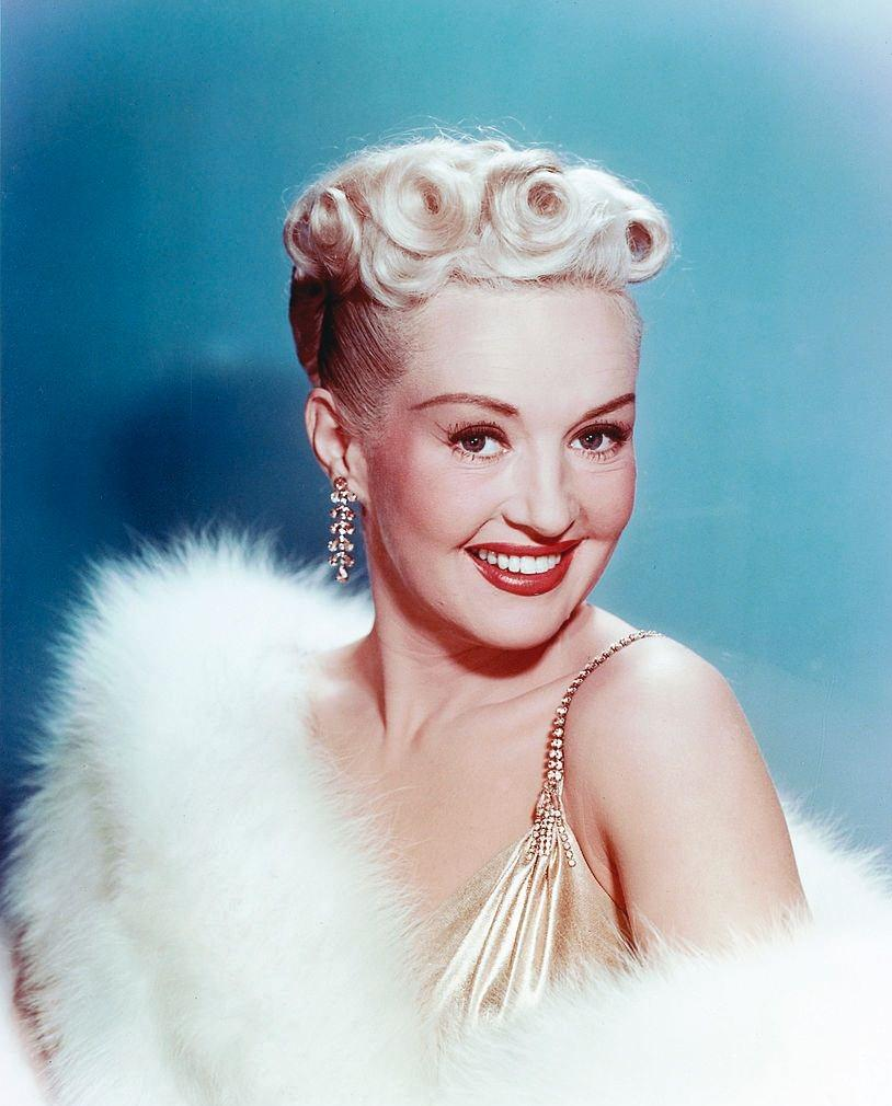 Betty Grable colorized photo, 1940.
