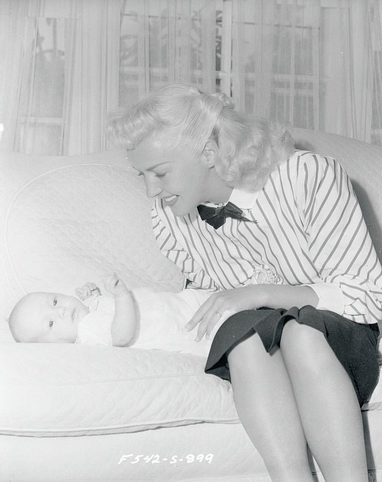 Betty Grable  with her 10-weeks-old daughter, 1947.