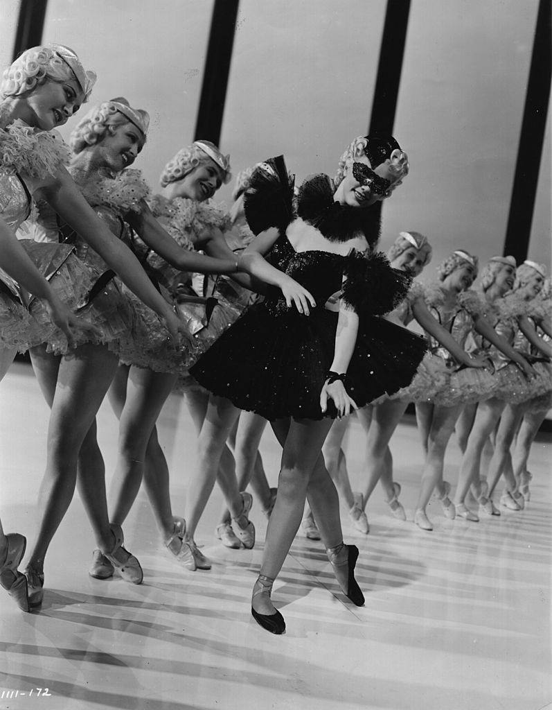 Eleanor Powell tars in the MGM film 'Broadway Melody of 1940'