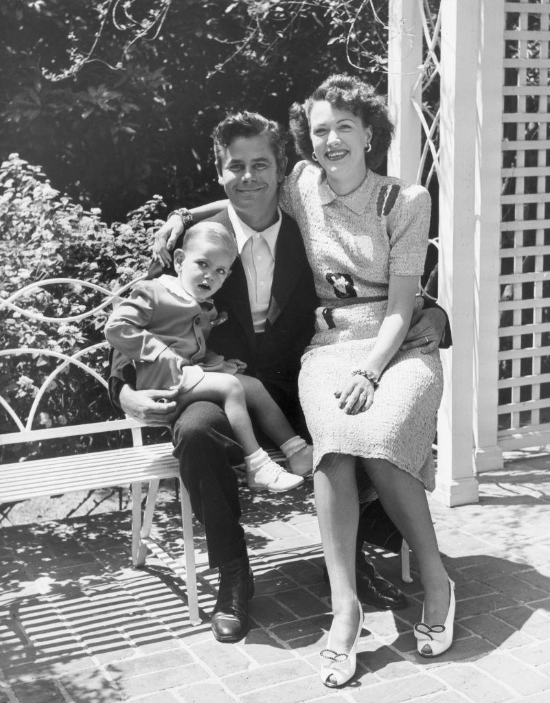 Eleanor Powell with her husband Glenn Ford and their son, 1948.