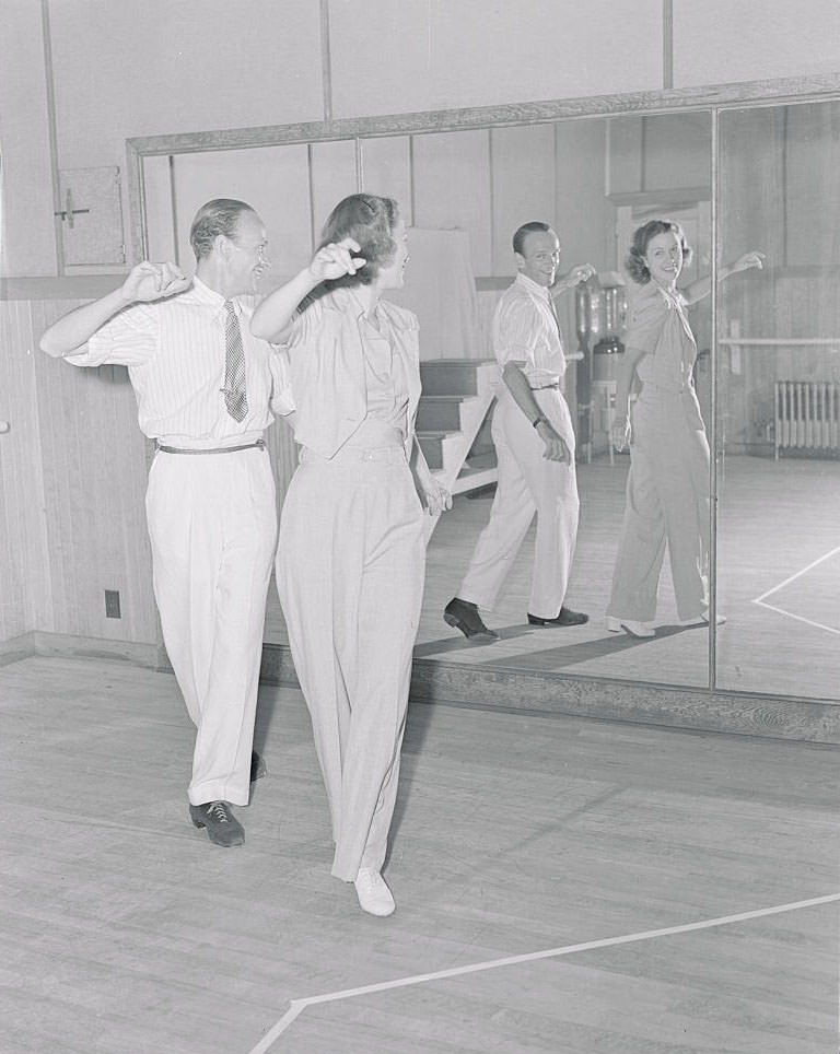 Eleanor Powell rehearsing with Fred Astaire, 1939.