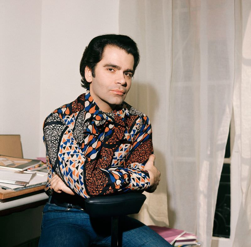 Karl Lagerfeld posing on the chair, 1950s.
