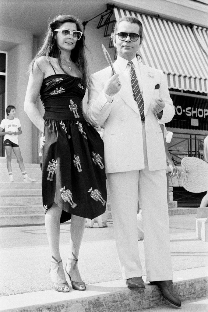 Karl Lagerfeld with a model in France, 1979.