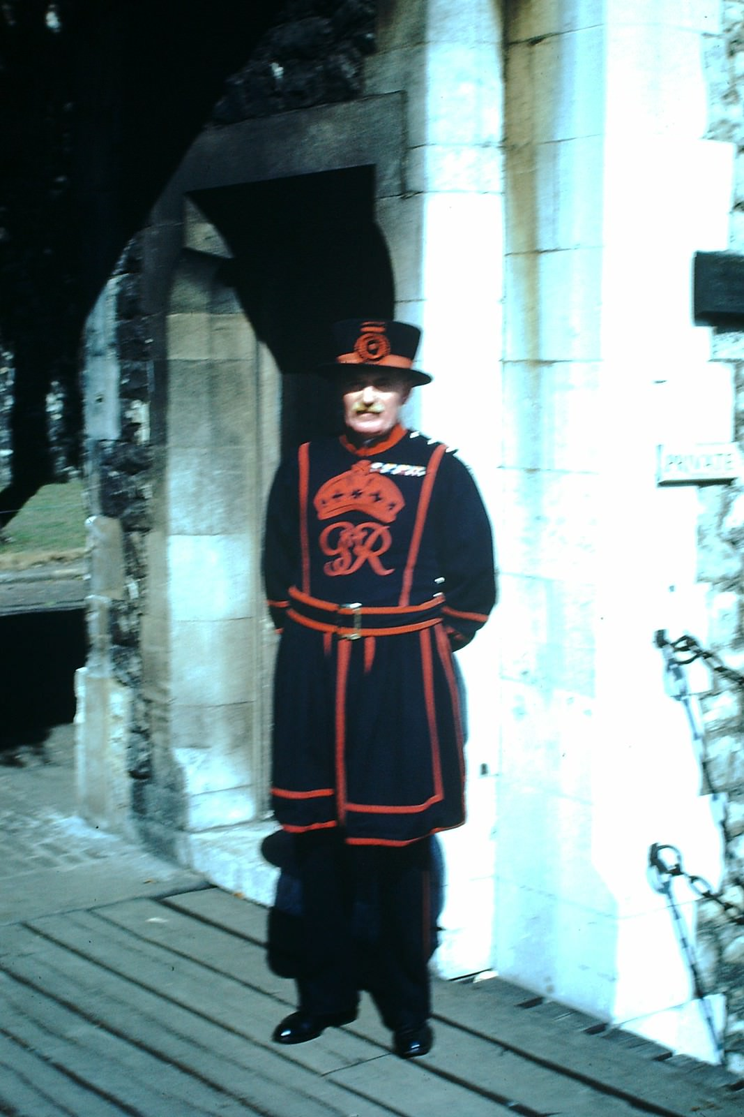 Beefeater, Tower- London, 1949.
