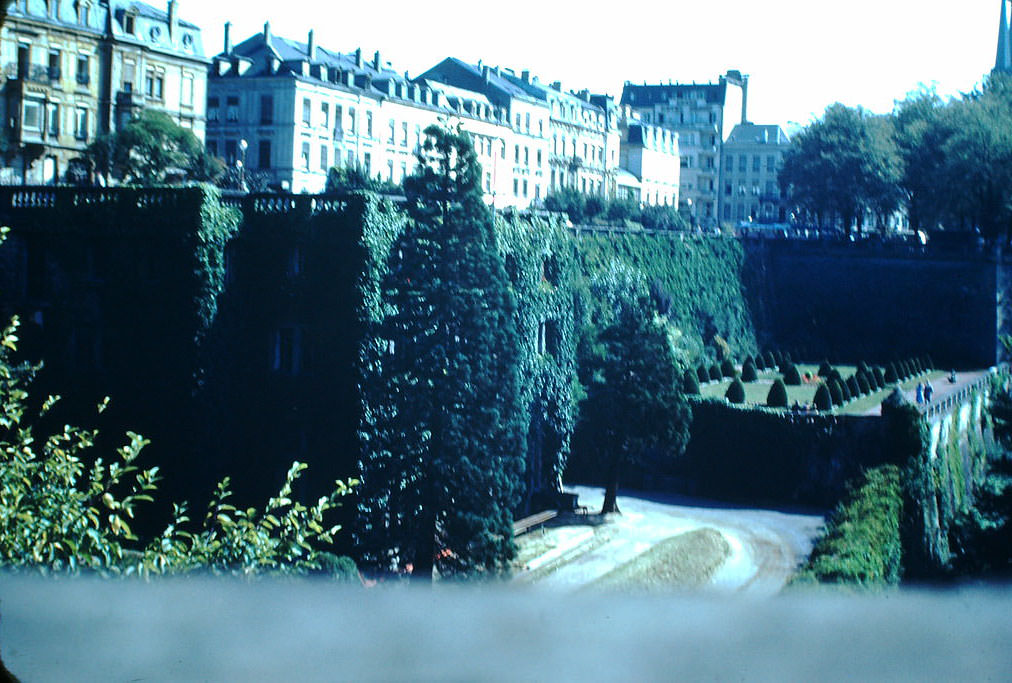 Park Wall and Apartments, Luxembourg, 1949.