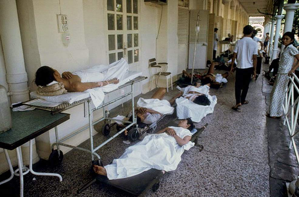 The wounded civilians at the hospital Grall.