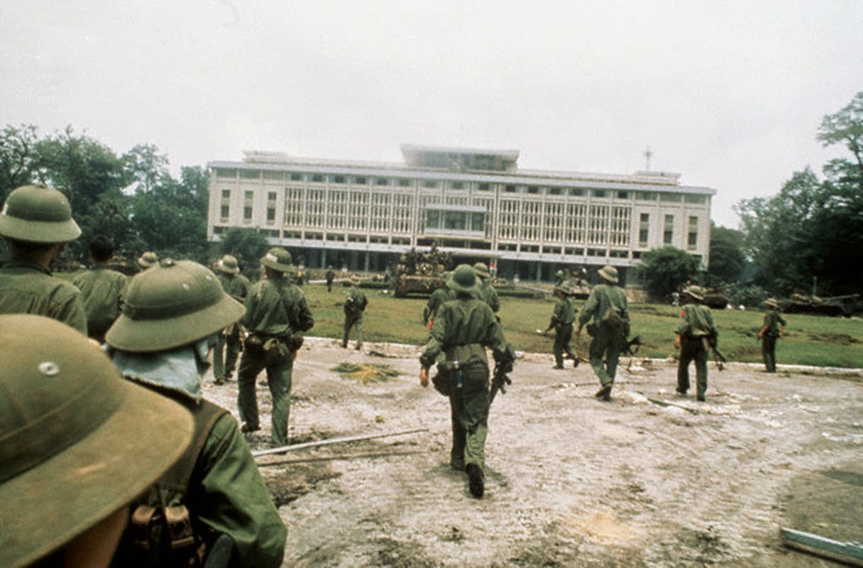 North Vietnamese troops seize the presidential palace in Saigon.