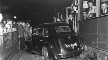 Historical Photos of Horrific Accidents in Amsterdam from the 1940s