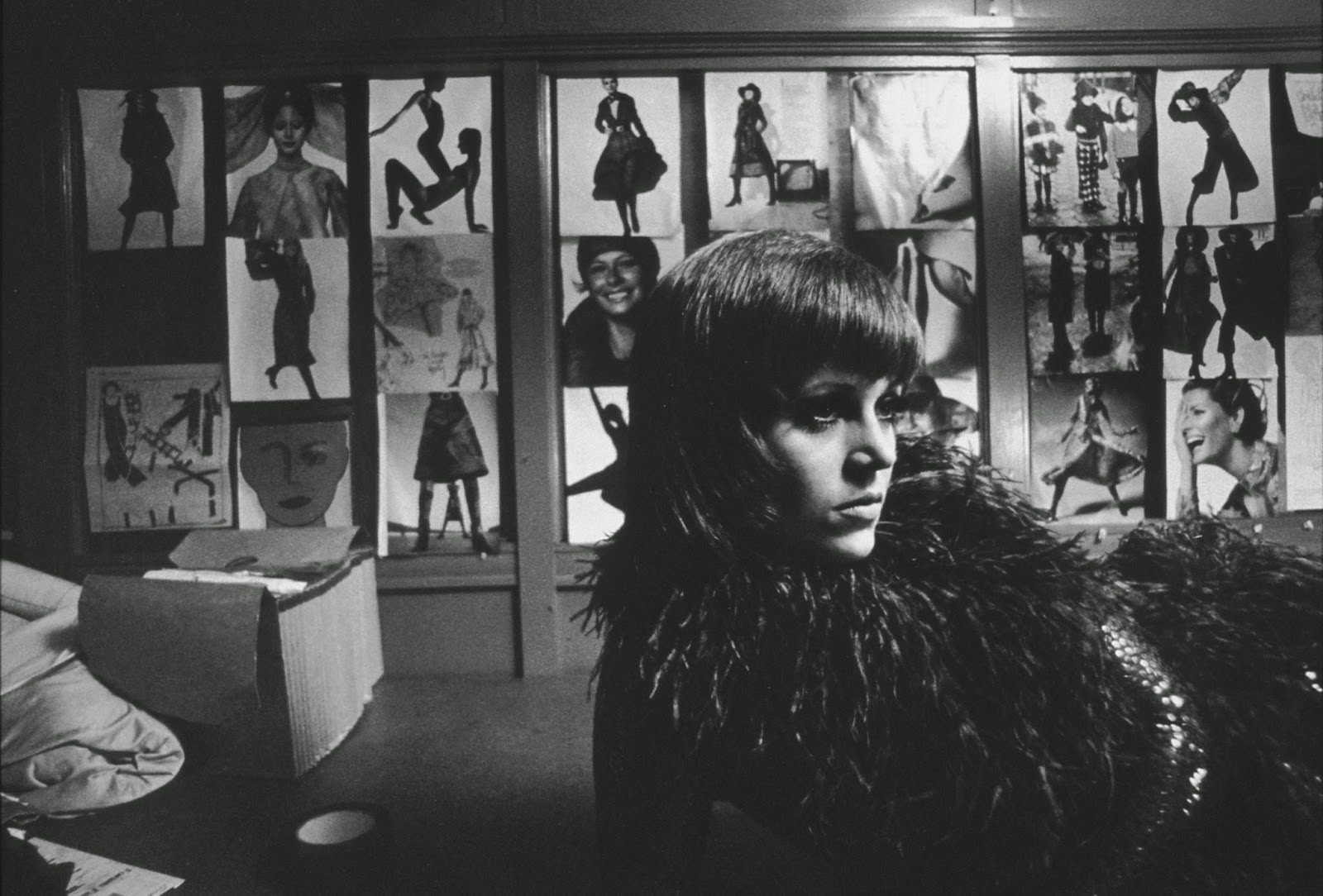 """Jane Fonda in a New York City garment factory during shooting of """"Klute,"""" 1970"""