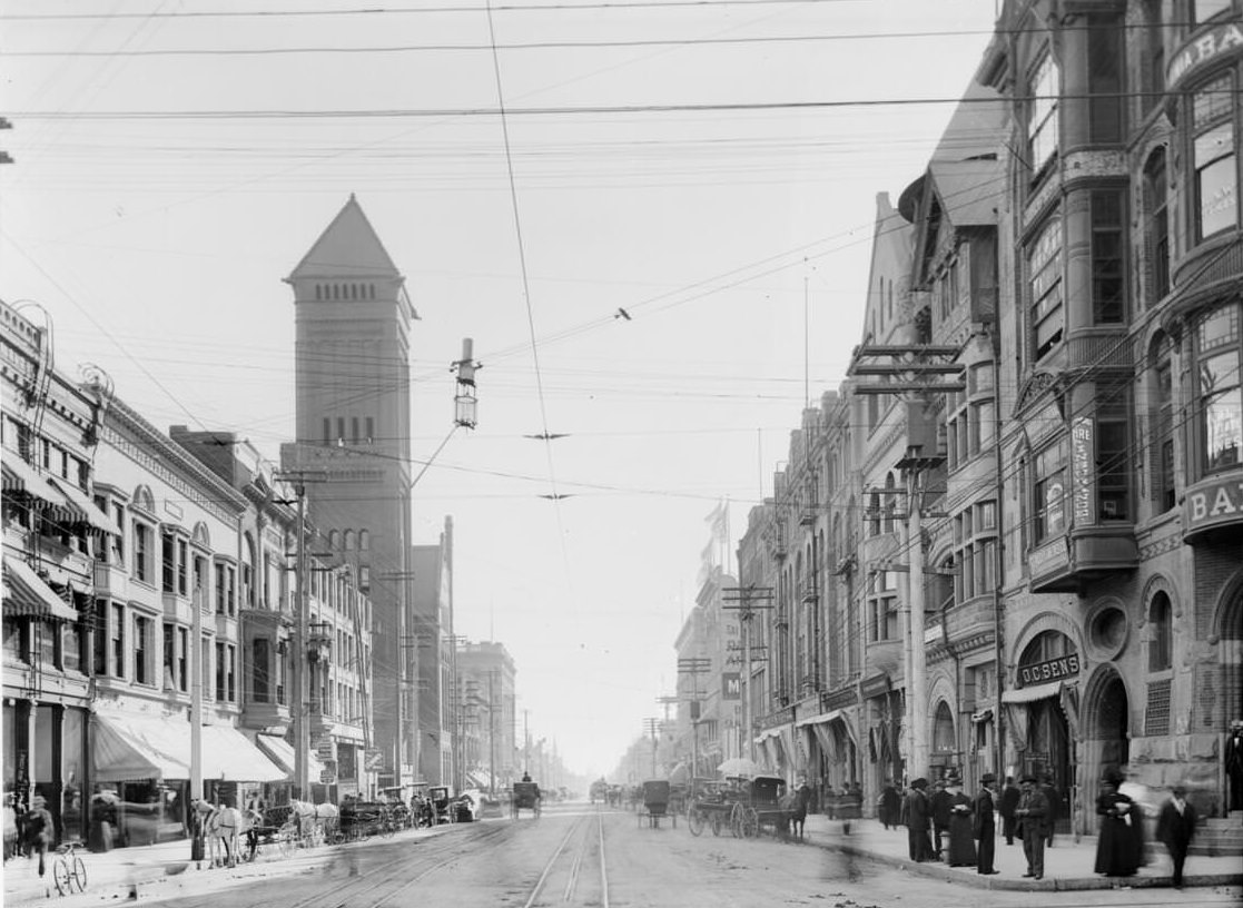 Broadway looking south from Second Street, Los Angeles, ca.1895-1905