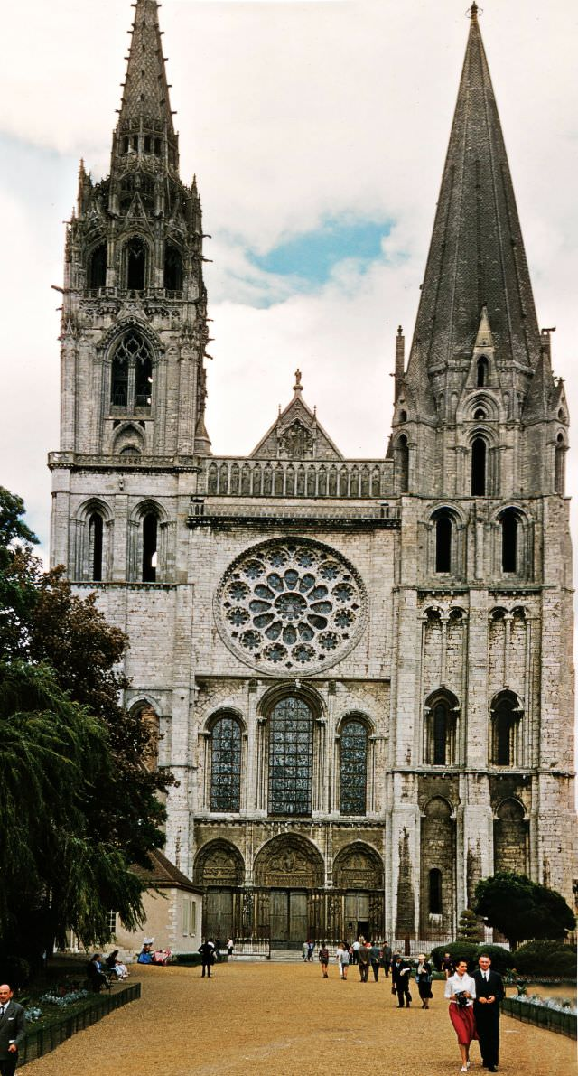 Chatres Cathedral, Cannes, 1958