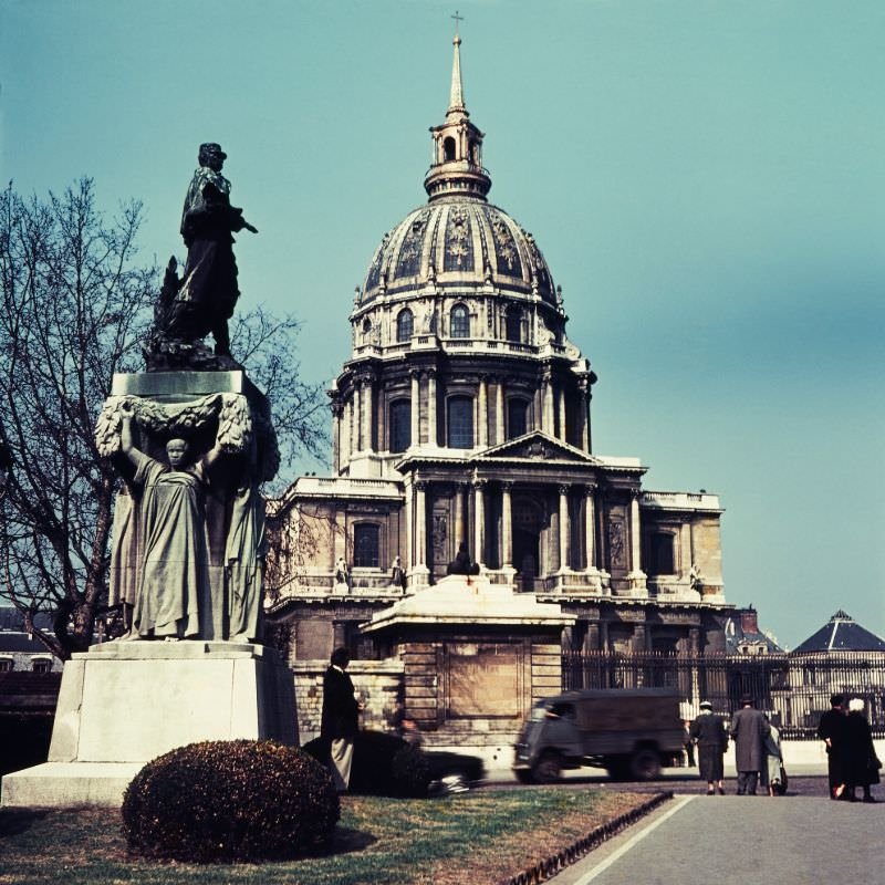 View from Avenue de Tourville of the Monument to Marshal Gallieni & the Palaise Les Invalides, Paris, 1950s