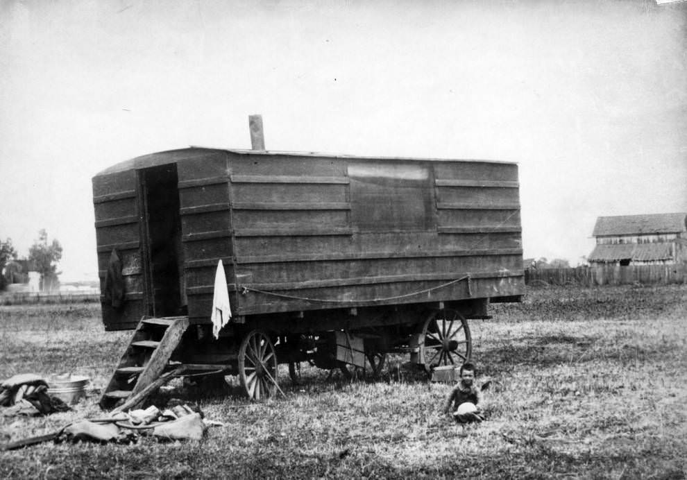 Cookhouse wagon, 1890.