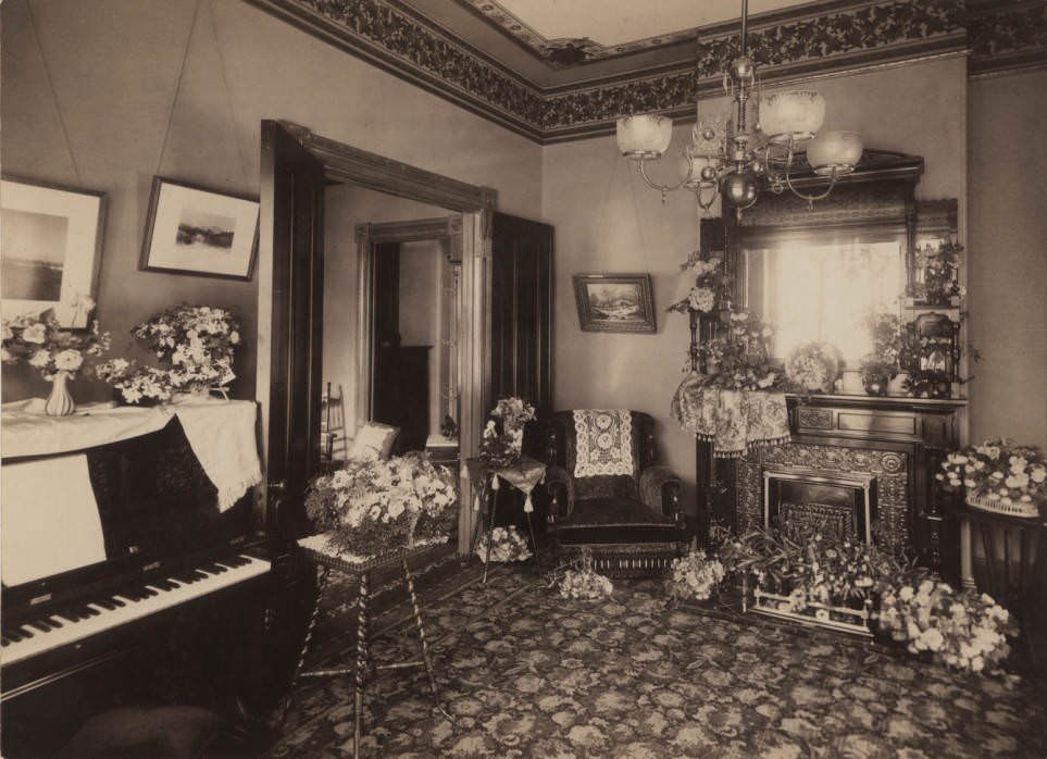 Richards' family parlor, 1890s.