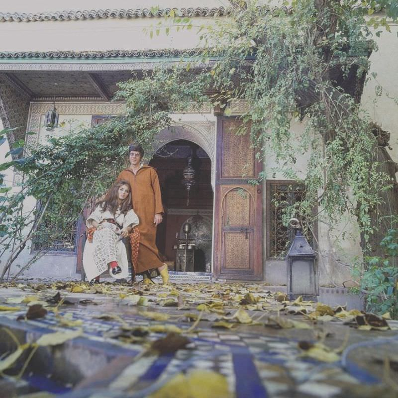 Paul and Talitha Getty wearing kaftans in their garden in Marrakesh, Morocco, January 15, 1970